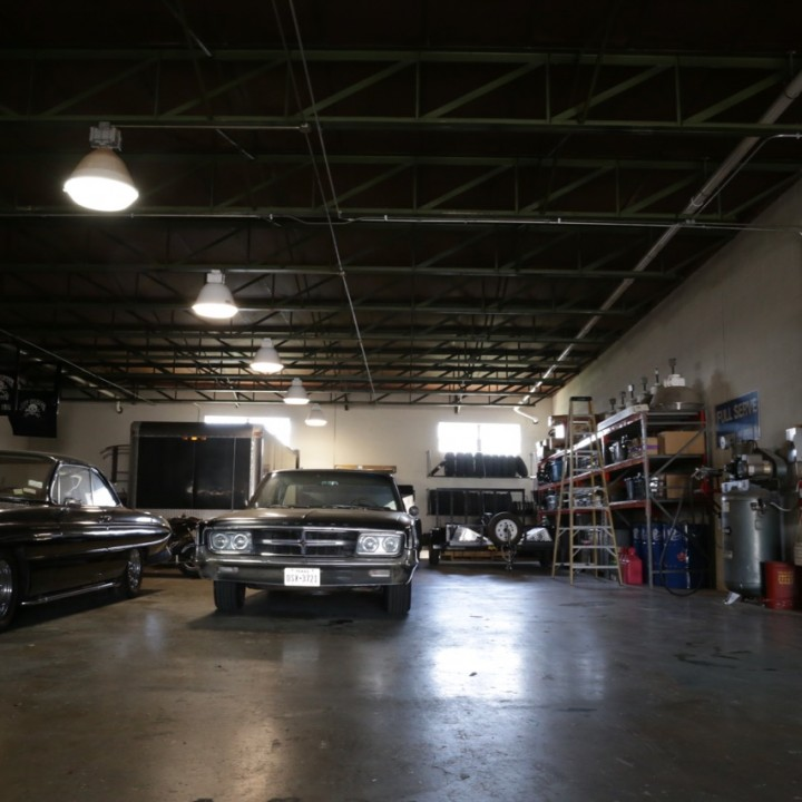 Commercial Garage L2